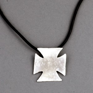 square-cross-pendant
